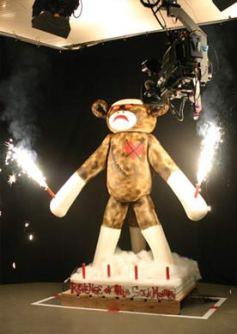 Confetti Cakes won the first Extreme Cakes Challenge with this 6-foot tall sock monkey, complete with smoking ears, laser eyes, and sparklers.